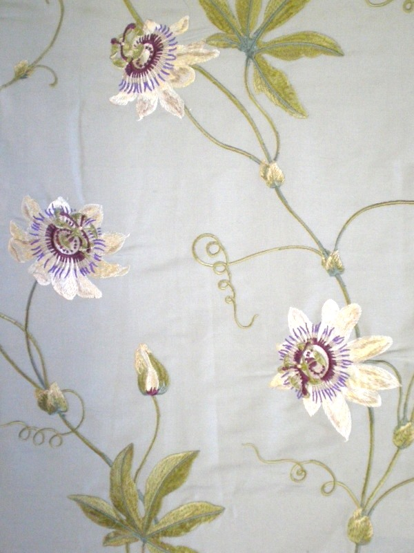 Colefax & Fowler Passion flower fabric