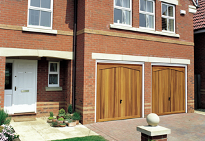 Twin 7/7ft timber garage doors