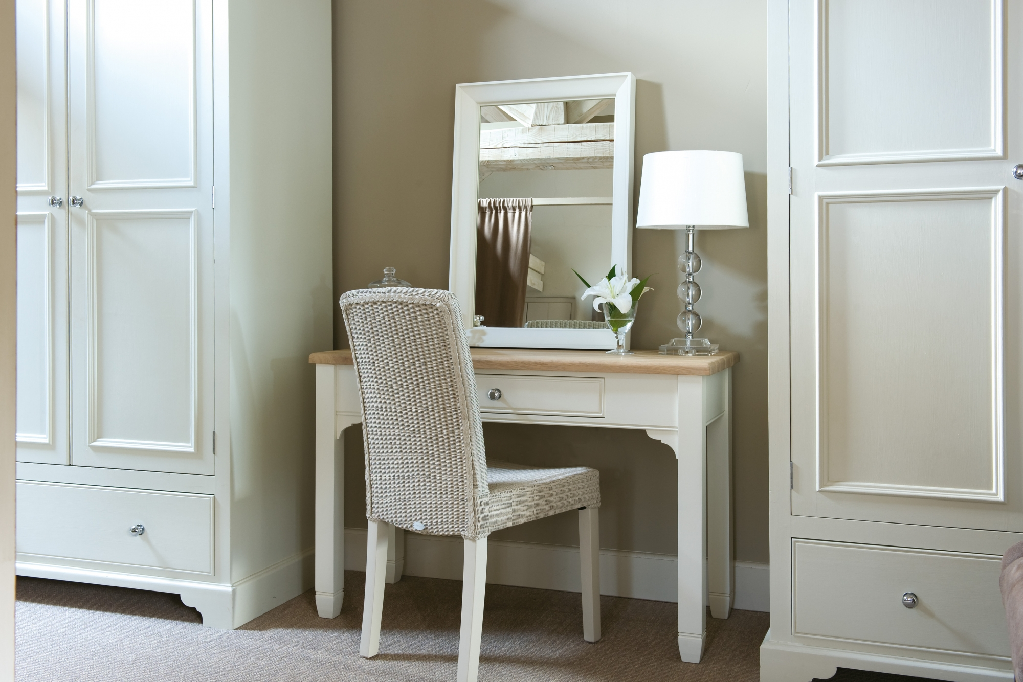 Neptune dressing table